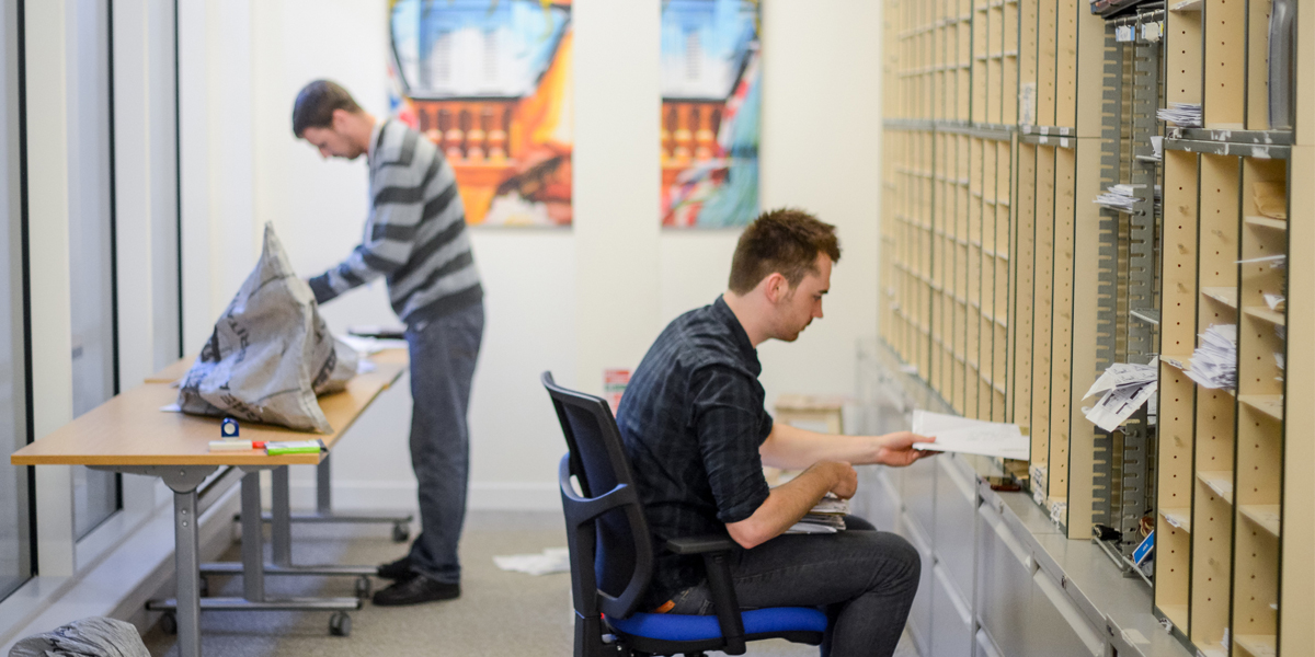 How a virtual office handles your mail like a business concierge